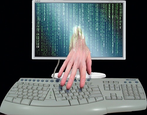 Pracownicy call center kradli dane konkurencji